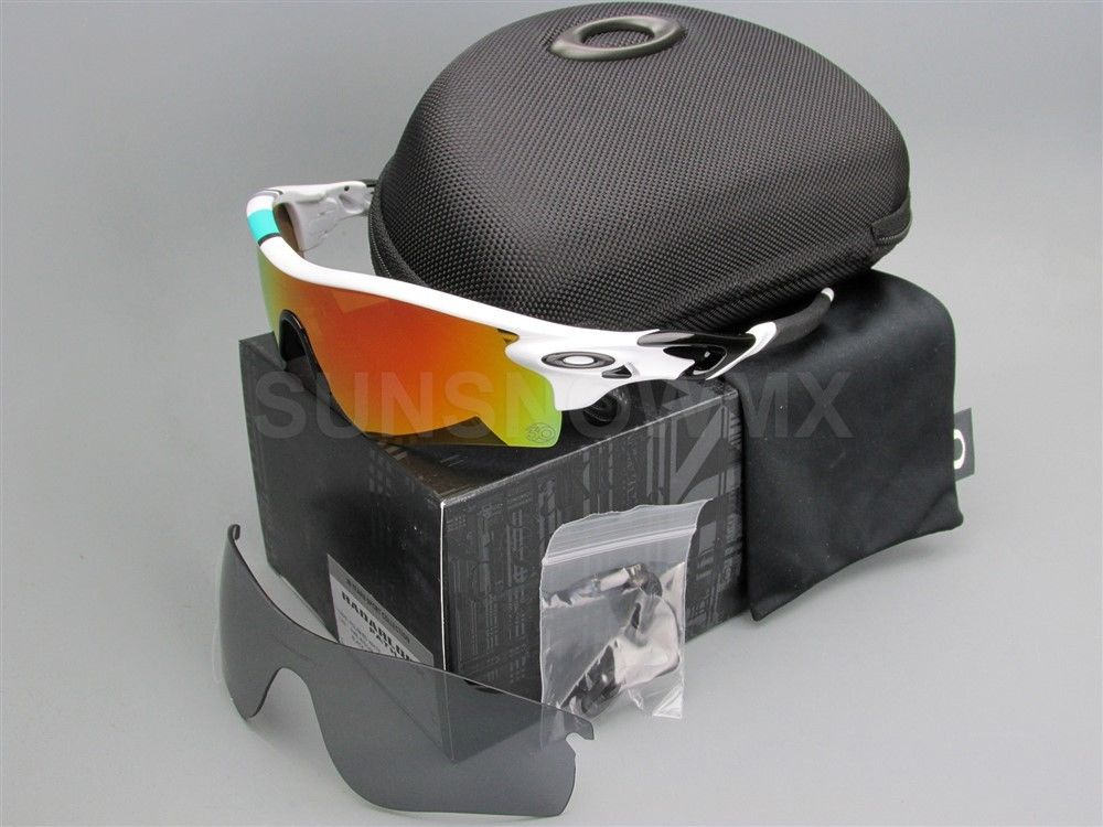 c266ea1b2ca ... official king oakley radarlock path 30 years sport special edition made  in usa . 560c9 03b62